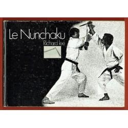 Le Nunchaku